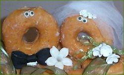 Bride and groom doughnuts_Manassas Cakery