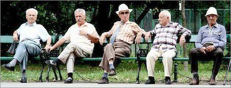 Aging_bench_warmers_jonrawlinson