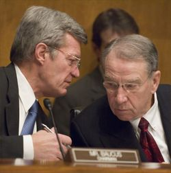Baucus_grassley_SenateFinanceComm
