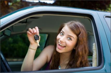 Happy_driver_Gabriel-Boone-iStock