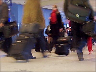 Airport-travel-kerry-woo (2)