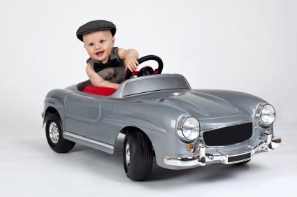Kid-toy-car_cepixx-iStock_000012909335XSmall