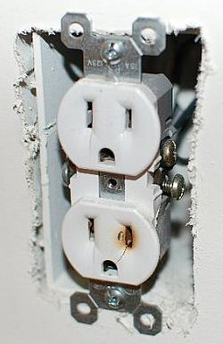 Chinese drywall corroded outlet