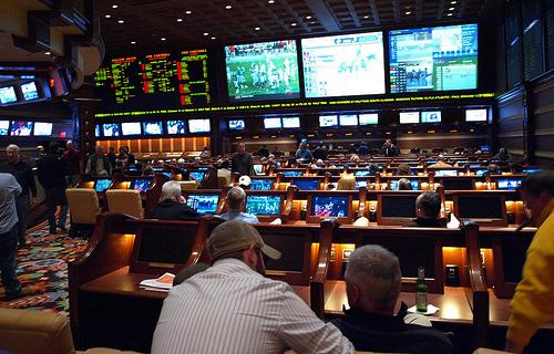 Las-Vegas-sports-betting2 via LasVegasOuttaTowner