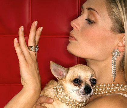 Wealthy-people_woman-admiring-ring