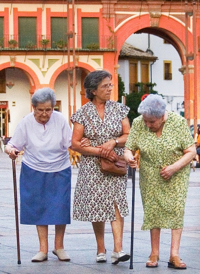 Elderly women walking by Michael Cohen via Flickr Creative Commons