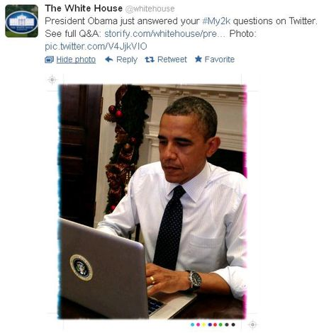 Obama at laptop for 120312 twitter fiscal cliff chat
