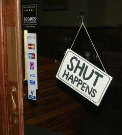Creative closed sign photo by Alan Cleaver via Flickr Creative Commons