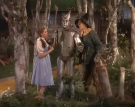 Dorothy and the Scarecrow discover the Tin Man_Wizard of Oz