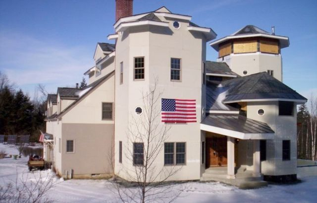 Tax protesters Ed and Elaine Brown house Plainfield NH to be auctioned via InfoWars