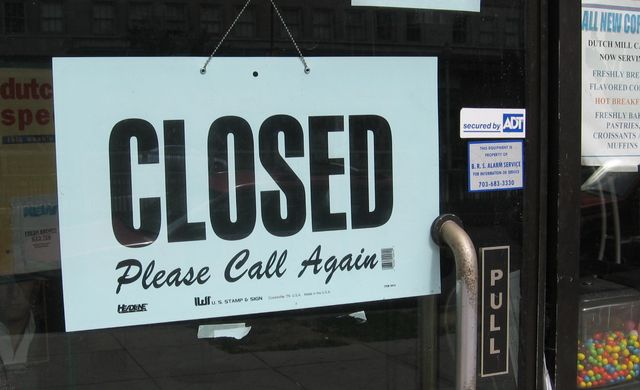 Closed sign by voteprime via PhotoPin-Flickr