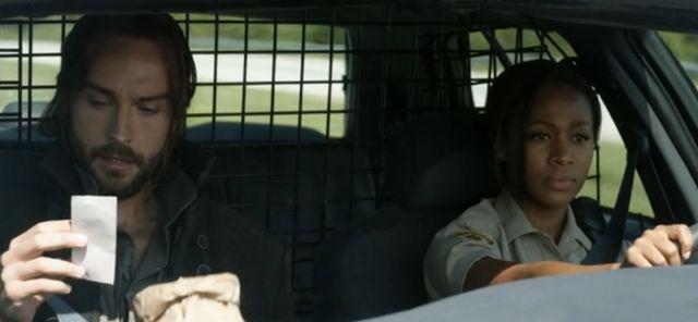 Sleepy Hollow's Ichabod Crane and Abbie Mills discuss his doughnut tax outrage