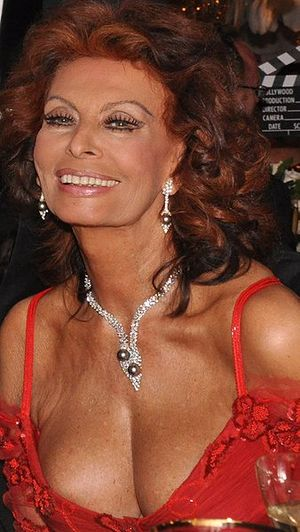 Sophia_Loren_in_London_2009_courtesy_Wikimedia
