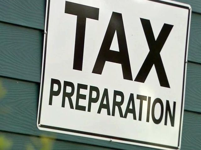 Tax preparation sign