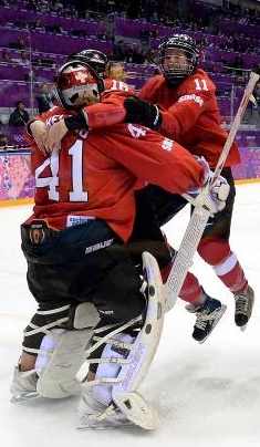 Swiss women win Sochi 2014 bronze medal game 20Feb2014