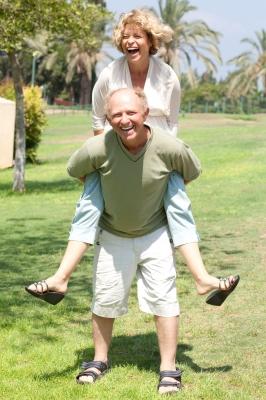 Retired couple_photostock_FreeDigitalPhotos_ID-10033333 (2)