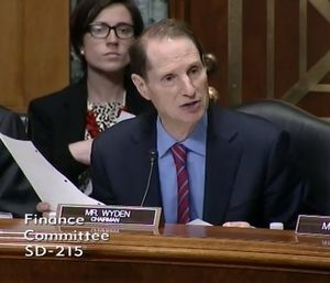 SFC chair Ron Wyden D-Ore heading extenders hearing 040314