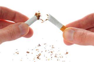 Quit-smoking_breaking-cigarette
