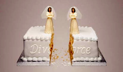Gay-divorce-brides-same-sex-wedding-cake-cut
