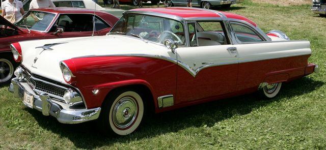 Ford Fairlane 1955_Velocity Automotive Journal