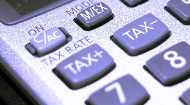 Tax-calculator-close-up
