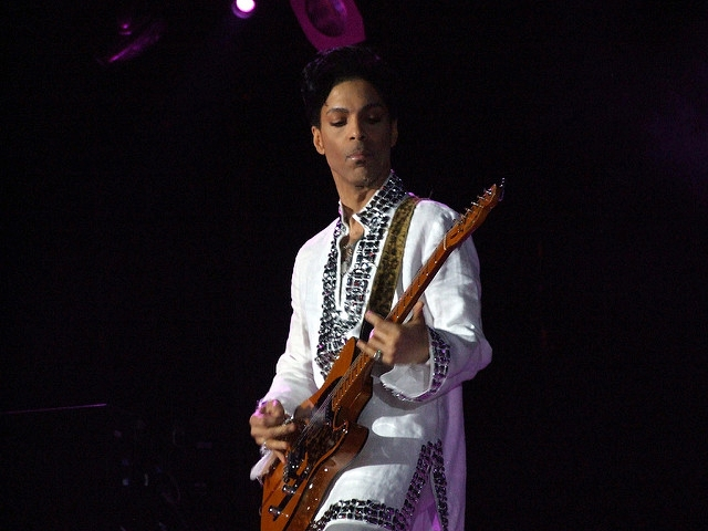 Prince playing Coachella in 2008_Scott Penner-Flickr