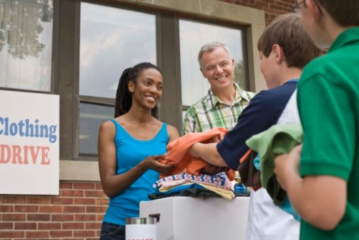 Clothing drive charity giving Thinkstock