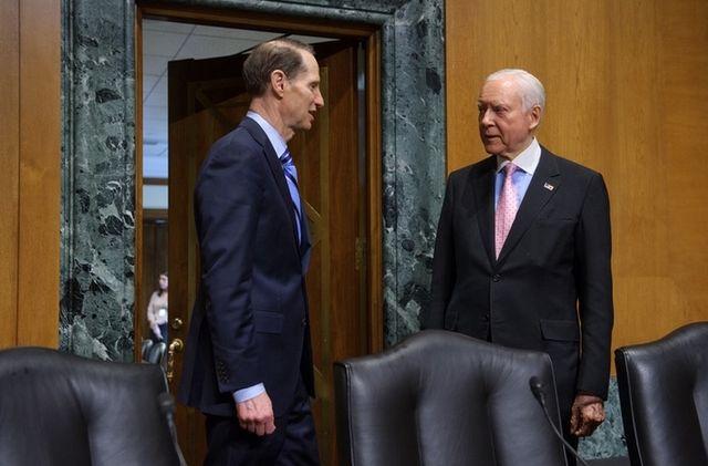 Senate Finance Ron Wyden and Orrin Hatch