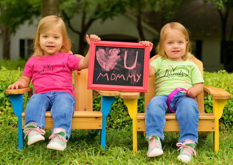 Mothers day message from the kids_chalkboard heart_Donnie Ray Jones via Flickr