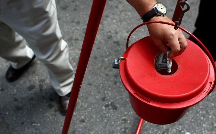 Charity_donations_Salvation Army red kettle