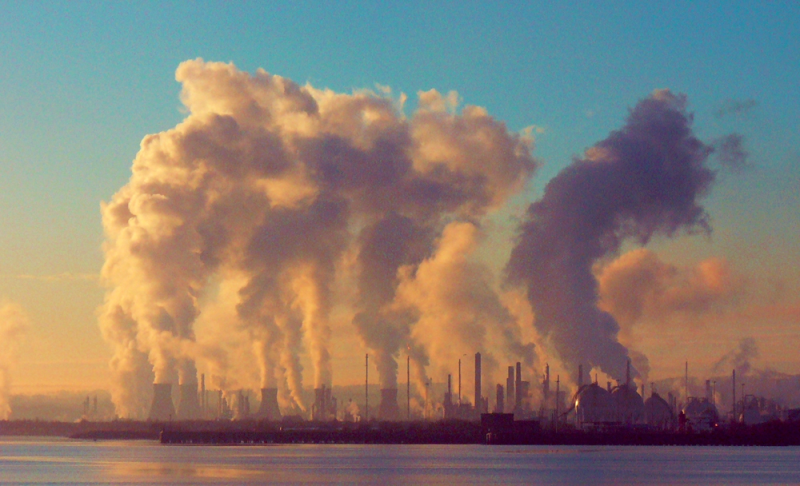 Industrial pollution_Graeme Maclean via Flickr