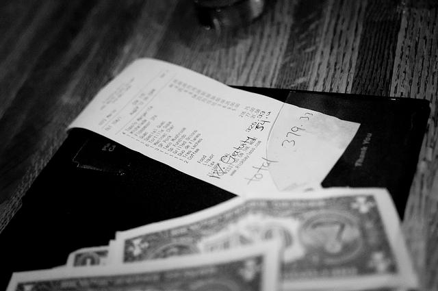 Meal tip gratuity by vxla via Flickr