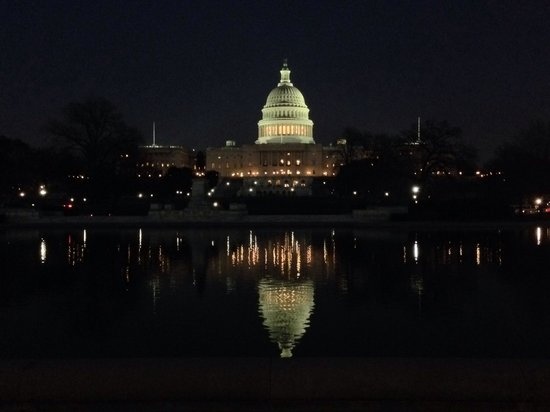 The-capitol-building-at-night-TripAdvisor