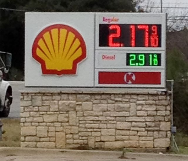 Austin area low gas prices in December 2014