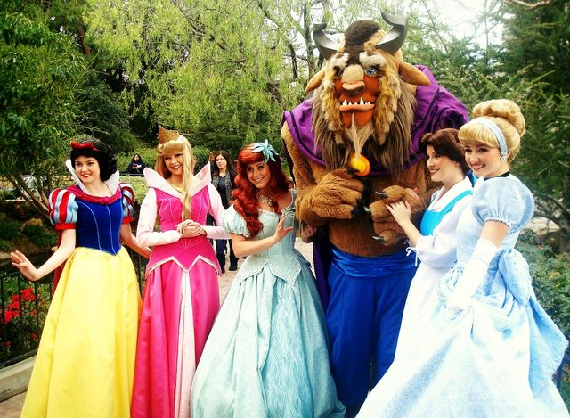 Beauties and the Beast at DisneyLand via Jennie Park_Flickr