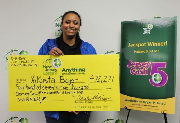 YoKasta Boyer winning NJ Lottery big check