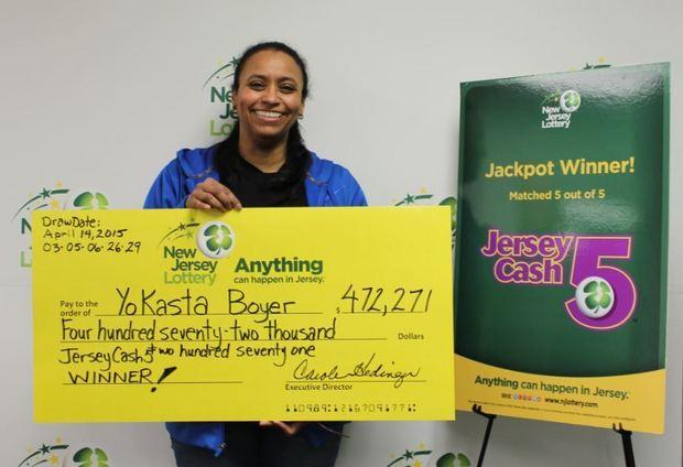 YoKasta Boyer winning NJ Lottery big check
