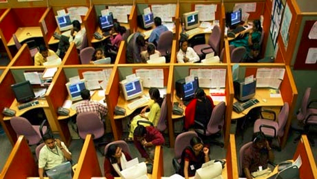 Indian-call-centre-004