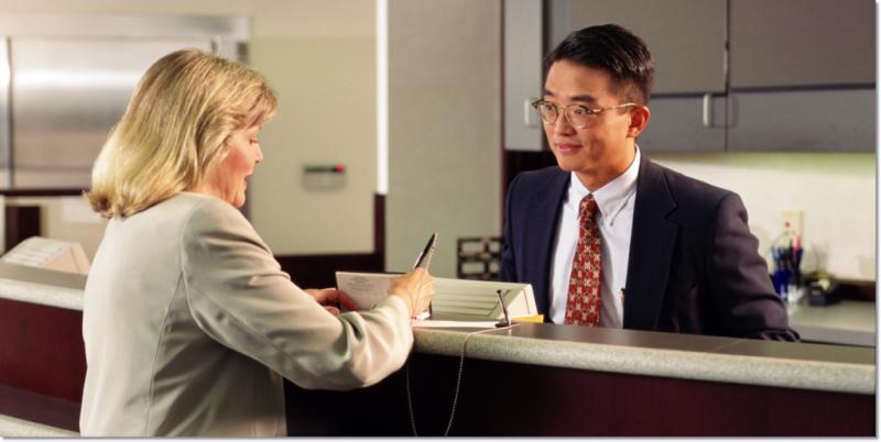Bank-customer-bank-teller