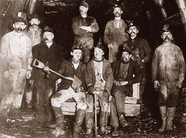 Miners-Coal_1900-1930s vintage_OldPicturesdotcom