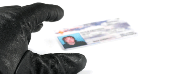 Crook grabbing DL_Equifax-Learn-about-ID-theft