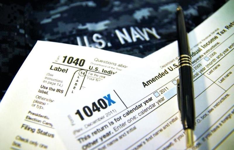 Military tax return_US Navy photo by Mass Comm Spec 1st Class Patrick Gordon