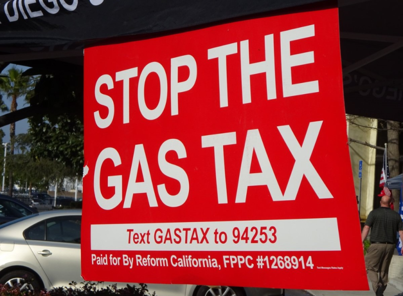 Campaign to repeal the California gas tax sign_Reject the Gas Tax via Twitter