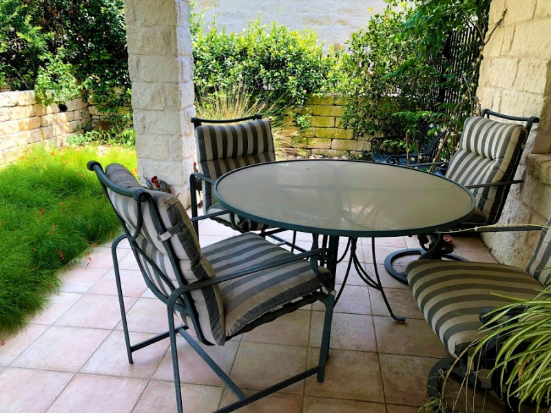 Our patio furniture June 2018_in need of new cushions and pollen