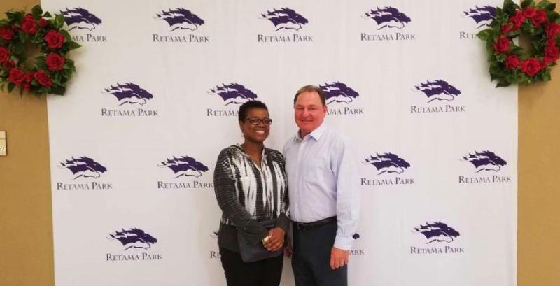 Margaret Reid winning bettor Retama Park VP-GM Bill Belcher_Rachel Bagnetto