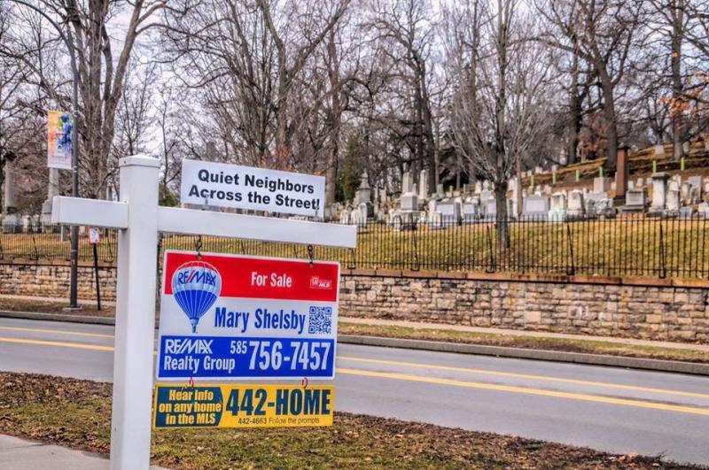 For sale quiet neighbors cemetary