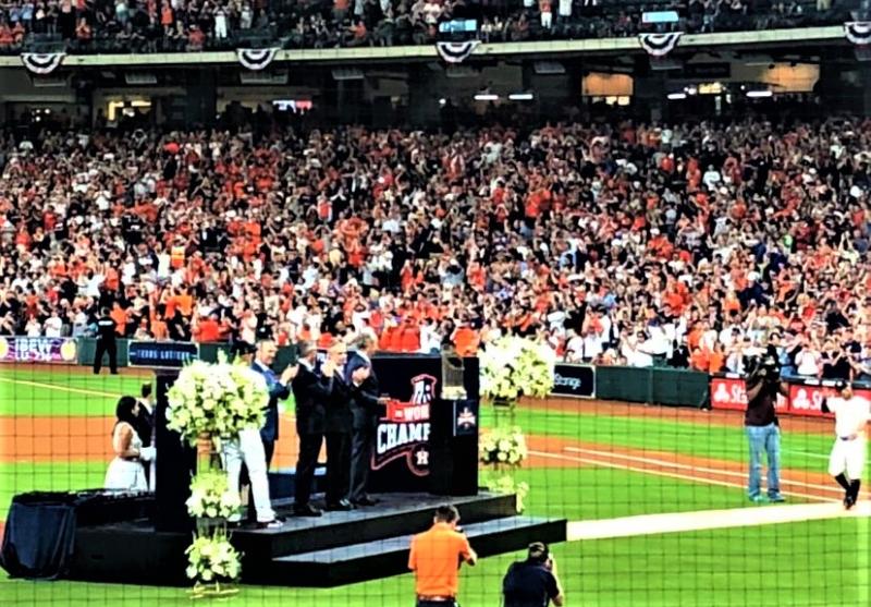 MLB MVP Jose Altuve heads to podium to get 2017 World Series ring 040218_Kay Bell photo