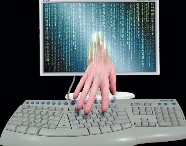 Computer identity theft_Don Hankins-Flickr