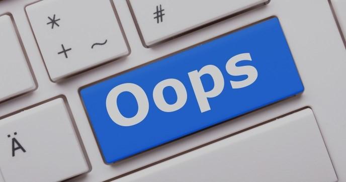 Oops-error-mistake-404-web-page-error-image
