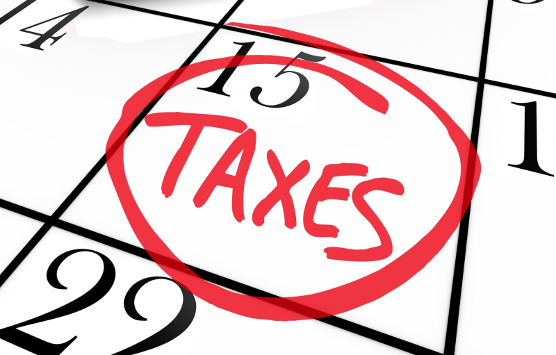 Tax Day April 15 calendar marked